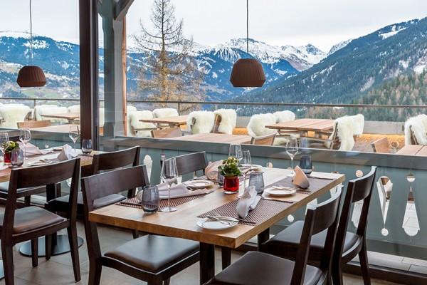 03_AlpinaMountainResort_PanoramaRestaurant